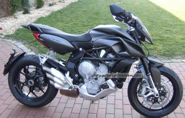 2015 MV Agusta  RIVALE 800 ABS Motorcycle Super Moto photo
