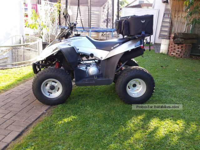 2015 E-Ton  Vector 300 Motorcycle Quad photo