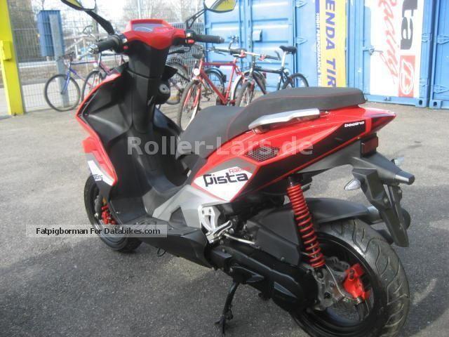 2014 beeline pista moped scooter aerox nitro engine. Black Bedroom Furniture Sets. Home Design Ideas