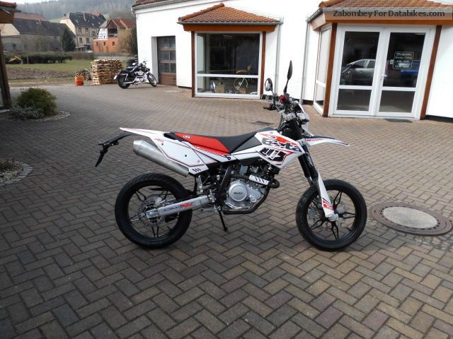 2012 Blata  RR125LC SM Motorcycle Super Moto photo