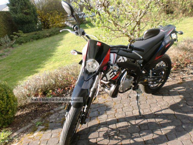 2014 Derbi  Senda DRD X-Treme 50 Motorcycle Super Moto photo