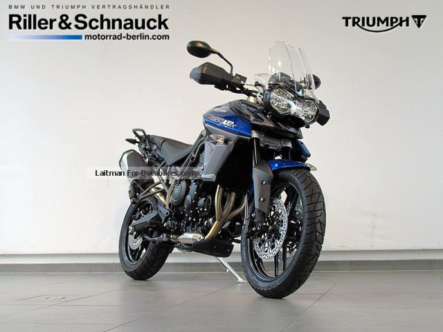 2015 Triumph  Tiger 800 XRX Motorcycle Enduro/Touring Enduro photo