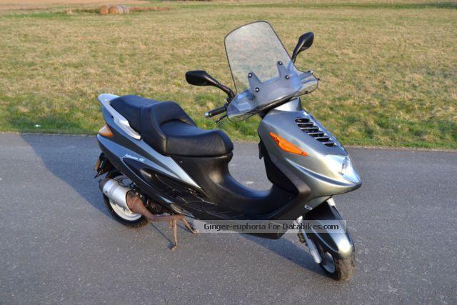 2001 Italjet  Millennium 100 - good condition! 2 strokes Motorcycle Scooter photo