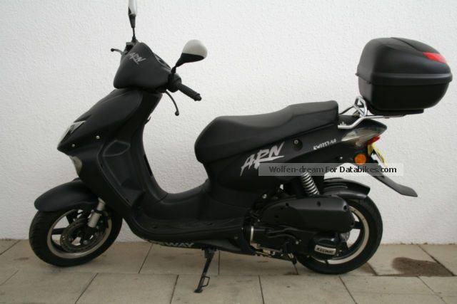 2007 Keeway  125 Motorcycle Scooter photo