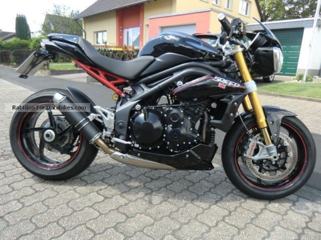 2015 Triumph  Speed Triple R Motorcycle Naked Bike photo
