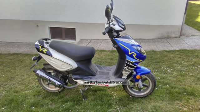 2011 Rivero  50cc Motorcycle Motor-assisted Bicycle/Small Moped photo