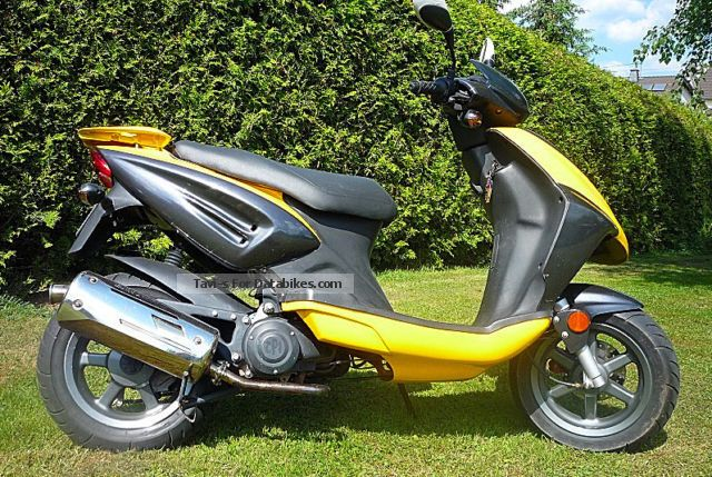 2009 CPI  Sport, 50 Km / h, Euro2 Kat Motorcycle Scooter photo