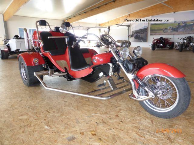 2003 Boom  Family II Classic Model 4i Motorcycle Trike photo