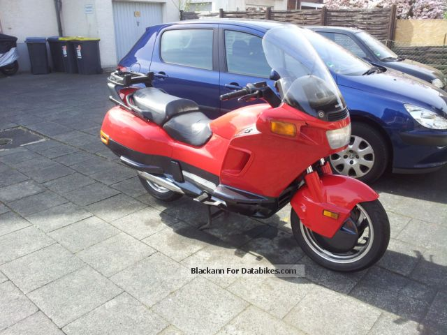 1996 Honda  PC 800 Pacific Motorcycle Motorcycle photo