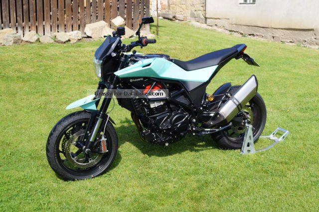 2014 Husqvarna  Nuda 900 R Motorcycle Naked Bike photo