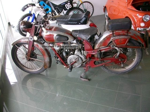 1945 Moto Guzzi  Astorino 250 Motorcycle Other photo