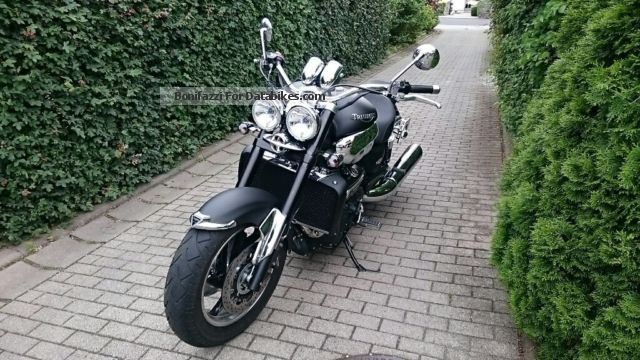 2010 Triumph  Rocket 3 Roadster Motorcycle Motorcycle photo