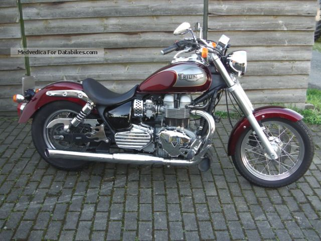 2005 Triumph  America 800 Motorcycle Chopper/Cruiser photo